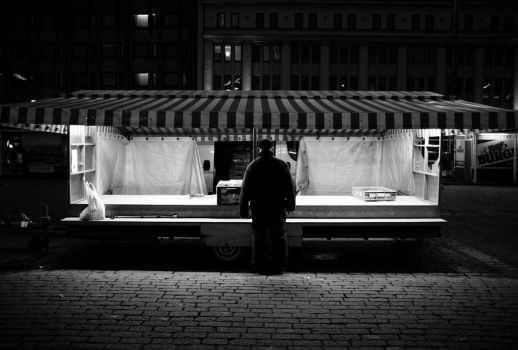 Closing time by Itsiko