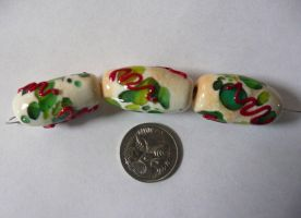 Christmas beads by Mystic-Mosaics
