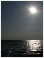 sea sun by froet
