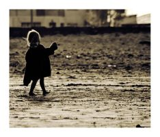 Cold at the beach by yelen