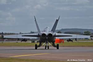 Taxiing Hornet - rear view by mc205veltro