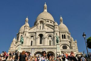 Sunlight on Sacre Coeur by wildplaces