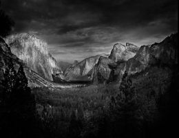 Yosemite Valley by sdawg