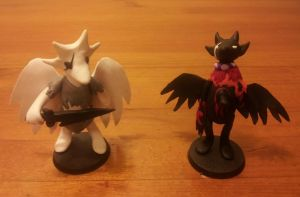 Bec noir and PM sculpture by TelekinesicDraconian
