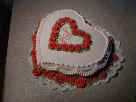 Small heart wedding cake by LizzyLix