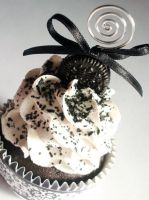 Cookies N Cream Faux Cupcake3 by CreativeAbubot