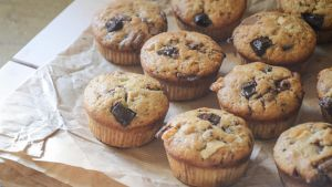Muffins Trois Chocolats! (+YOUTUBE RECIPE!) by ClaraLG