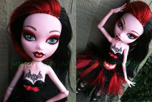 Arabella - Custom Draculaura by jupiternwndrlnd