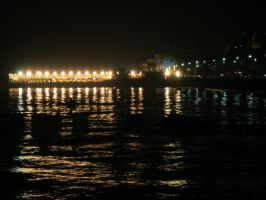 Mumbai lights, Arabian reflections.. by preethi524