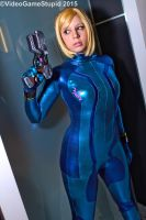 Katsucon 2015 - Zerosuit Samus(PS) 02 by VideoGameStupid