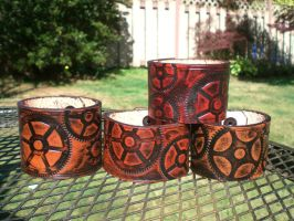 My steampunk gear cuffs by Skinz-N-Hydez