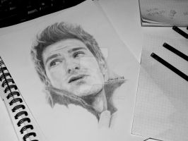 Andrew Garfield by loueezen