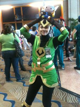Metrocon 2012: Loki loves his brother by RainbowsOfDarkness