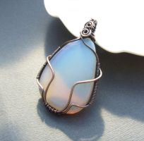 Opalite copper pendant by VeraNasfa