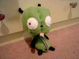 my first Gir plush by yoyoballkay
