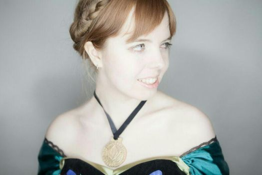 Anna of Arendelle by AsheliaHime