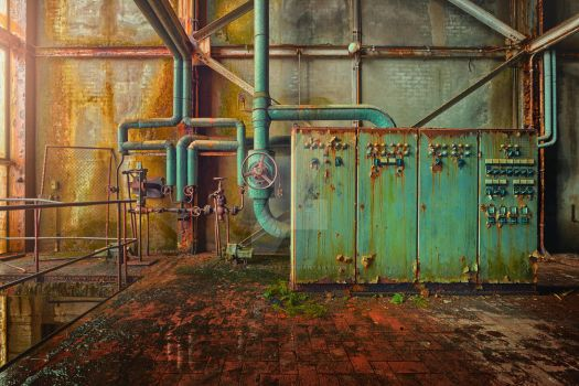 Industrial Green Thumb by LucasPortee