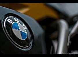 BMW by MetallerLucy