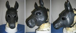 HG-2 Horse Gas Mask. by stego-s-aurus