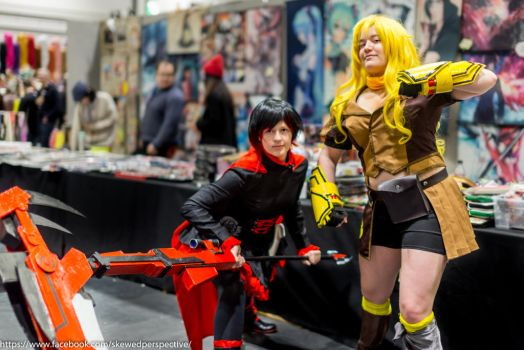 Ruby Rose and Yang Xiao Long by AshleyReeve
