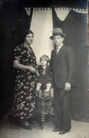 1930's: Familly Photo by Samidare-Jin
