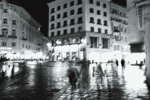 Rainny Vienna Nights, With Ghosts and People by dincturk