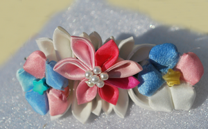 Twin Stars Inspired Kanzashi by hanatsukuri