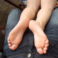 Soles Up - NikaLove 012 by foot-portrait