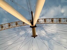 Eye on the London Eye by keziakos