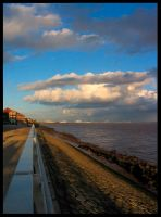 Cloudy Humber by friedmoonthing