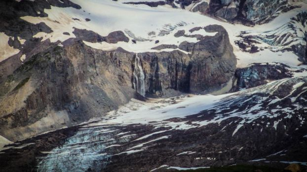 Glacier Waterfall by napoland
