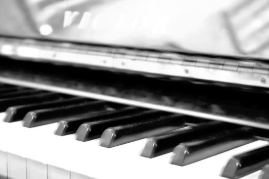 just...piano by angelGIo