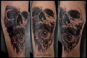 skull tattoo by sooj