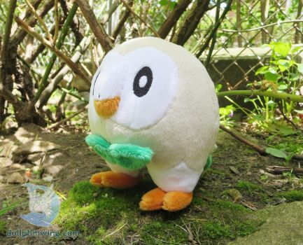 Pokemon Rowlet Plushie by dollphinwing