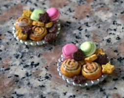 Miniature Cookie Plate by ChocolateDecadence