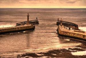 Whitby Harbour Entrance... by TheBaldingOne