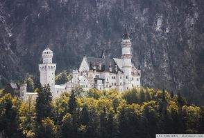 Neuschwanstein Castle by Nightmare-v