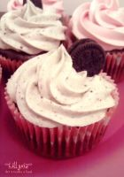 Chocolate Oreo Cupcake by lillyxia