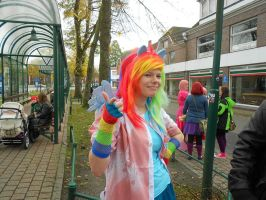 Rainbow Dash [Rainbow Factory] Cosplay 3 by Milchwoman