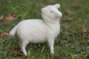 Needle Felted Posable Sheep by azu-55