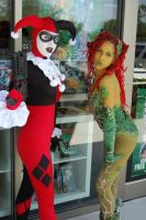 Harley and Ivy by darkmoonchild