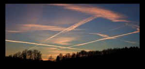Busy sky by JimP4nsen
