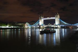 Tower Bridge by xkillerx380