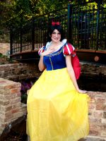 Snow White by Hikari-Cosplay