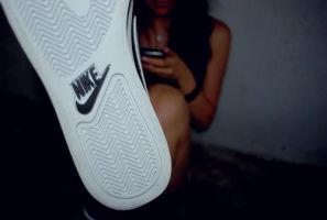 Nike by wups0