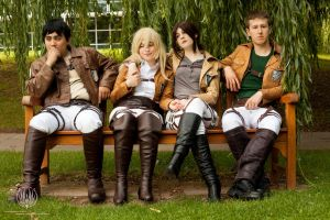 Attack on Titan - Attack on Bench @ Ayacon 2013 by faramon