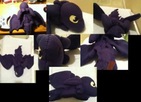toothless plushie by Chibi-Katie