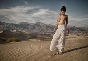 Dunes near Stovepipe Wells by ImpressionofLight