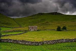 Somewhere in Peak District 2 by CharmingPhotography