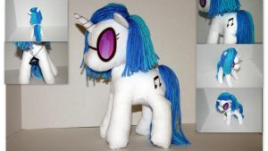 Vinyl Scratch Plushie by DogerCraft